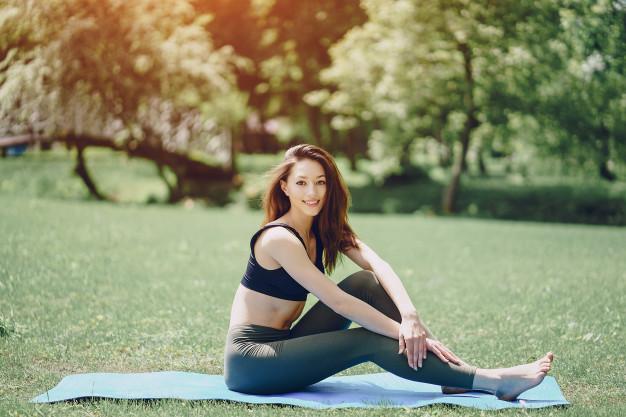 yoga les poses pour une séance reposante